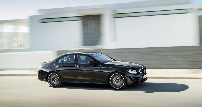 Mercedes-Benz E400 4Matic chuẩn bị ra mắt - Hình 3