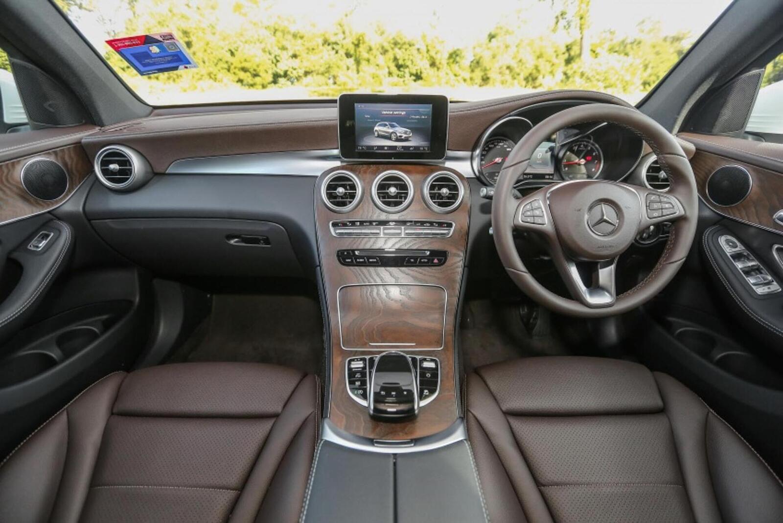 Mercedes-Benz GLC 200 có thể sẽ về Việt Nam với giá rẻ hơn - Hình 4