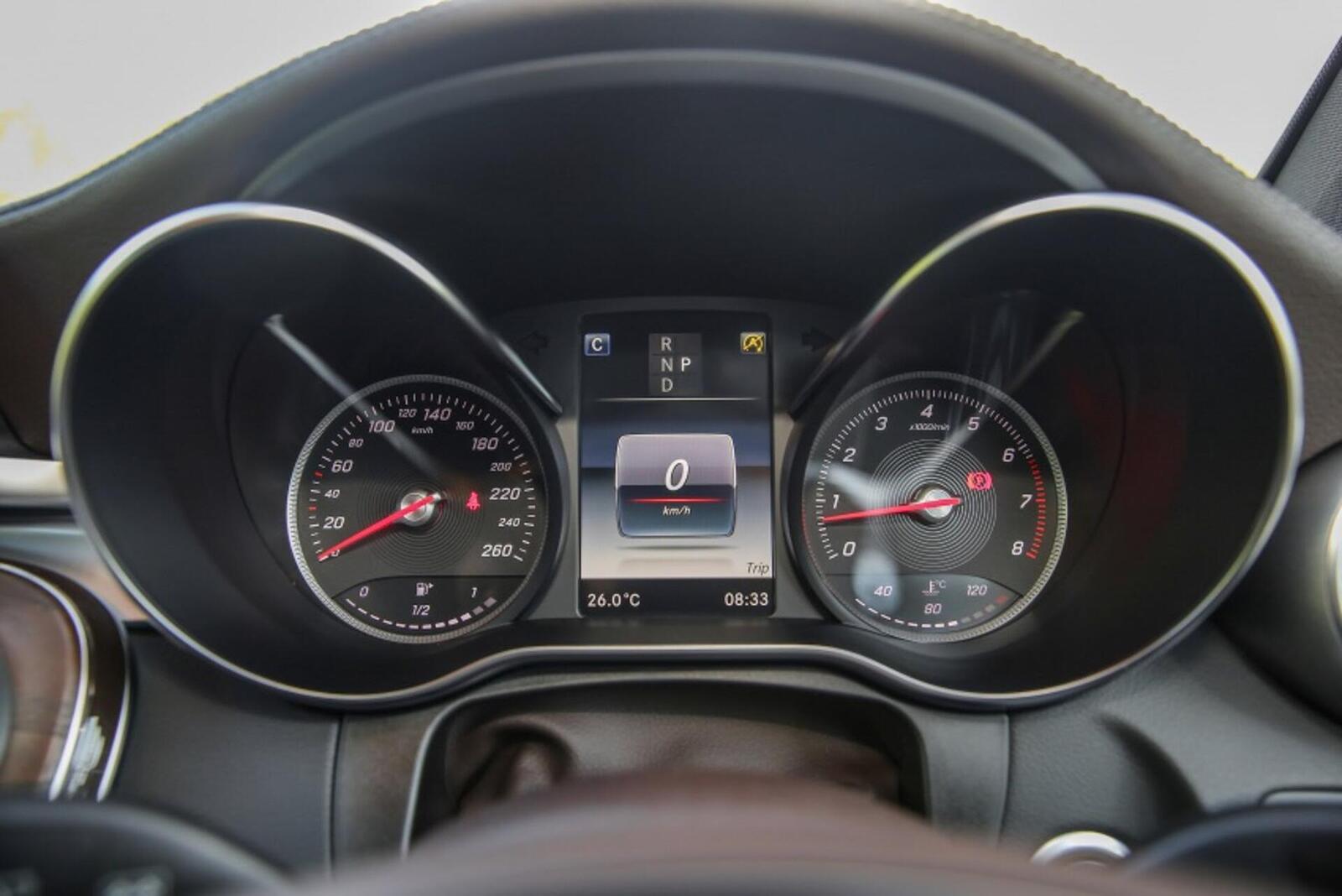 Mercedes-Benz GLC 200 có thể sẽ về Việt Nam với giá rẻ hơn - Hình 11