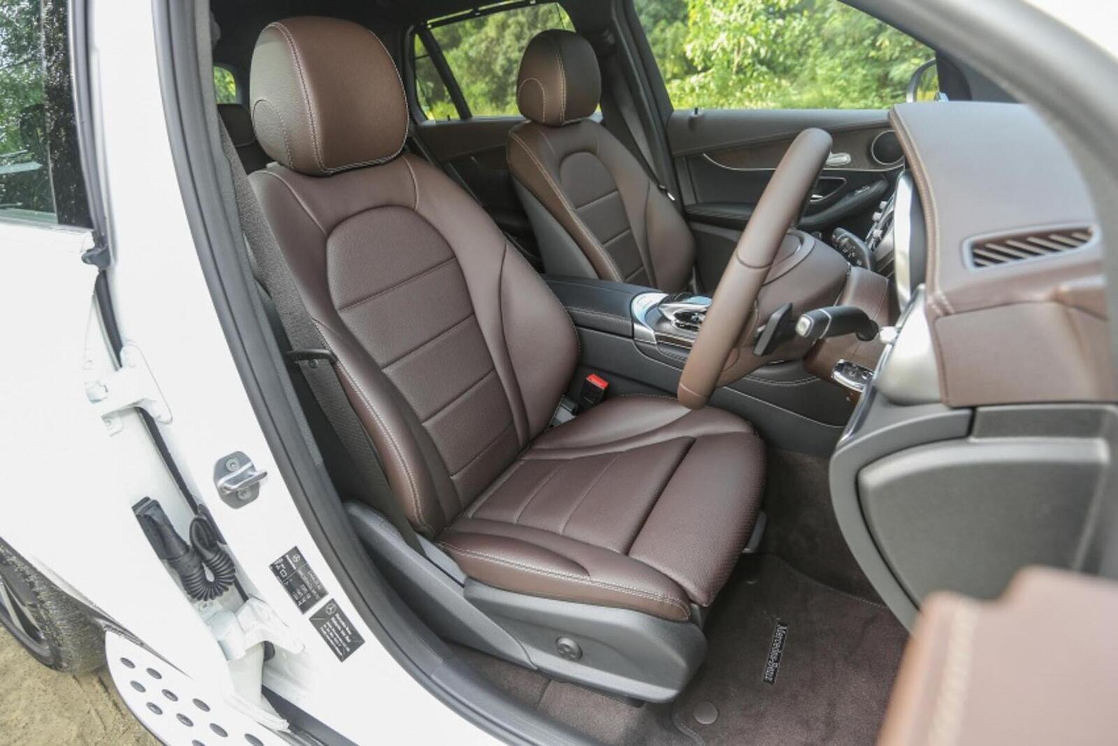 Mercedes-Benz GLC 200 có thể sẽ về Việt Nam với giá rẻ hơn - Hình 15