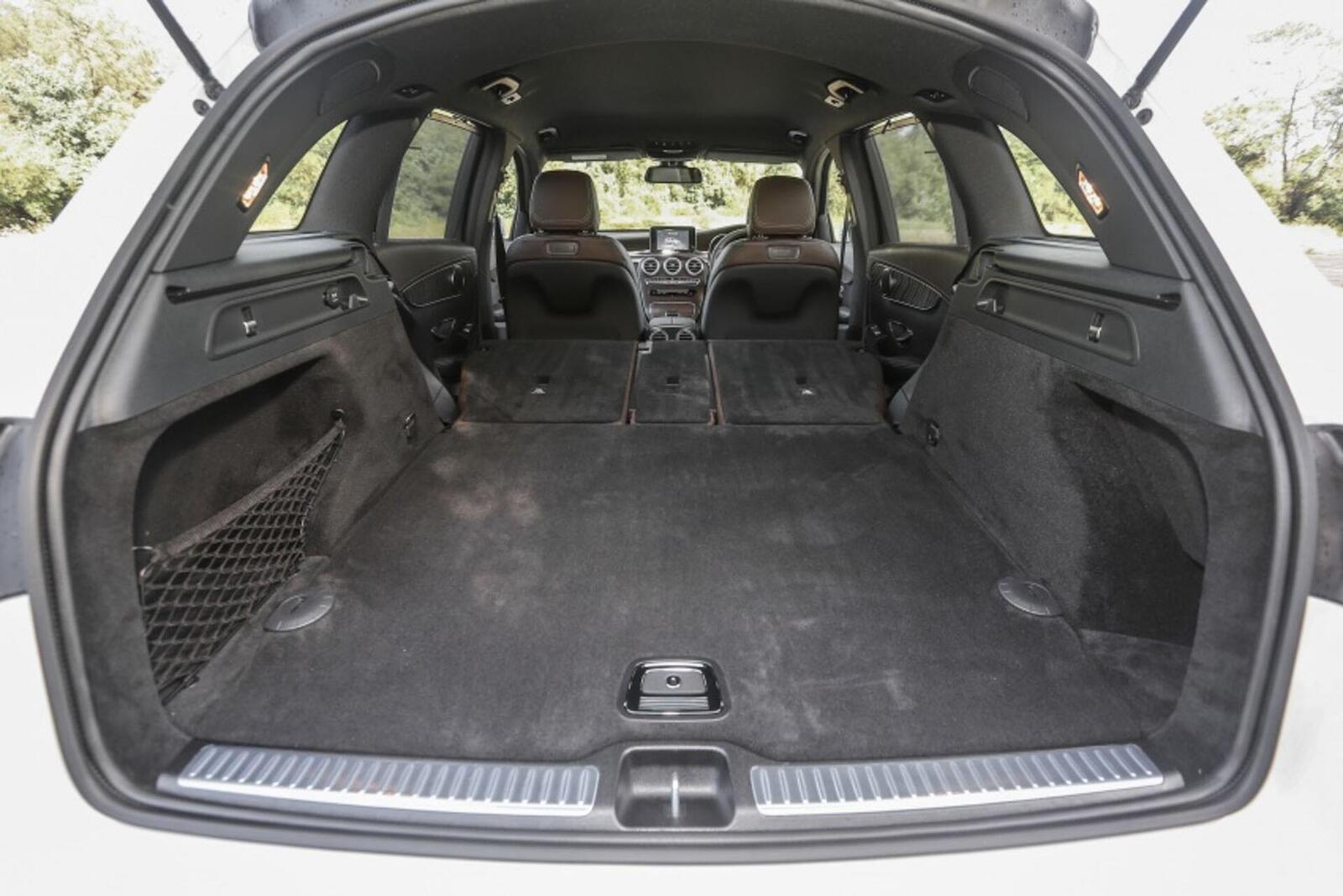 Mercedes-Benz GLC 200 có thể sẽ về Việt Nam với giá rẻ hơn - Hình 18