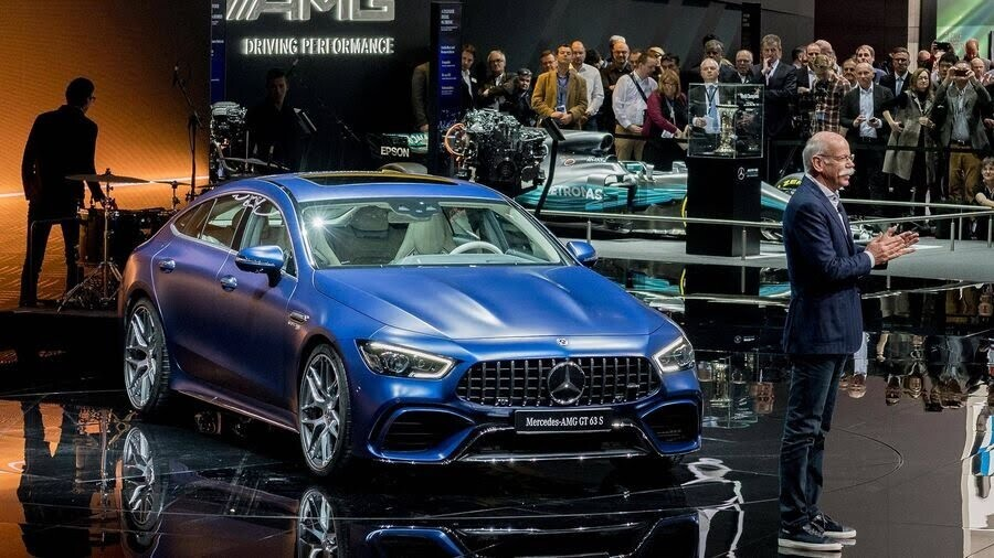 Mercedes-Benz khuấy động Geneva 2018 với AMG GT 4-Door Coupe 2019 - Hình 4