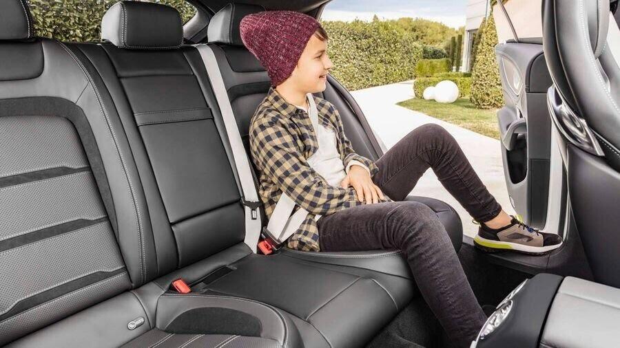 Mercedes-Benz khuấy động Geneva 2018 với AMG GT 4-Door Coupe 2019 - Hình 14