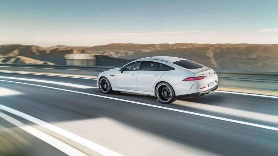 Mercedes-Benz khuấy động Geneva 2018 với AMG GT 4-Door Coupe 2019 - Hình 19