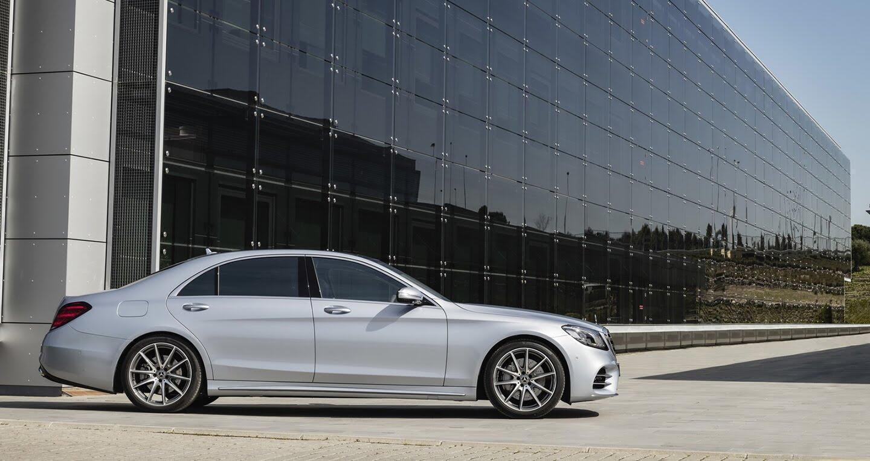"""Mercedes-Benz quyết """"trung thành"""" với động cơ V12 - Hình 5"""