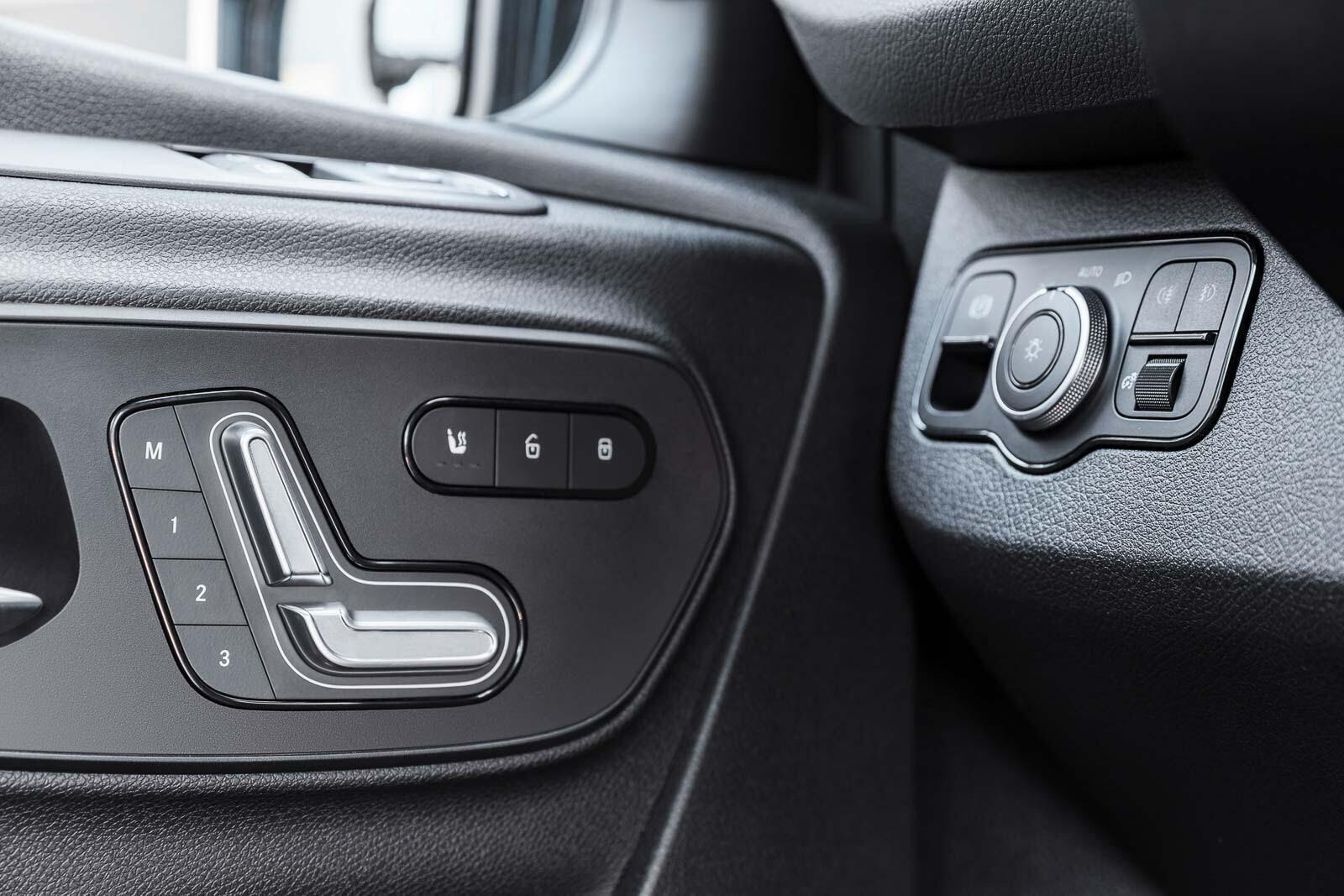 Mercedes-Benz Sprinter 2018 chính thức ra mắt: cỗ máy công nghệ và kết nối - Hình 21