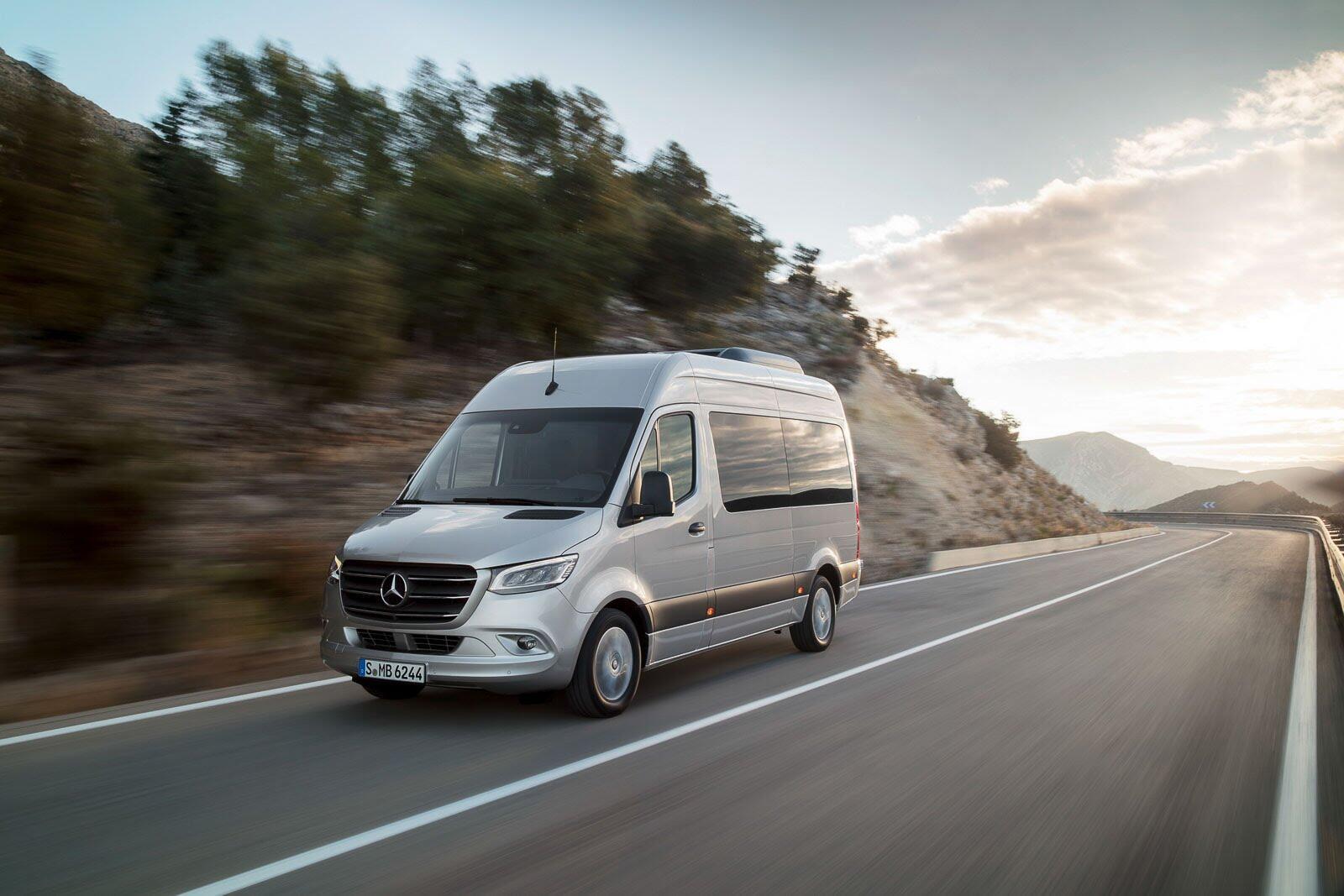 Mercedes-Benz Sprinter 2018 chính thức ra mắt: cỗ máy công nghệ và kết nối - Hình 36