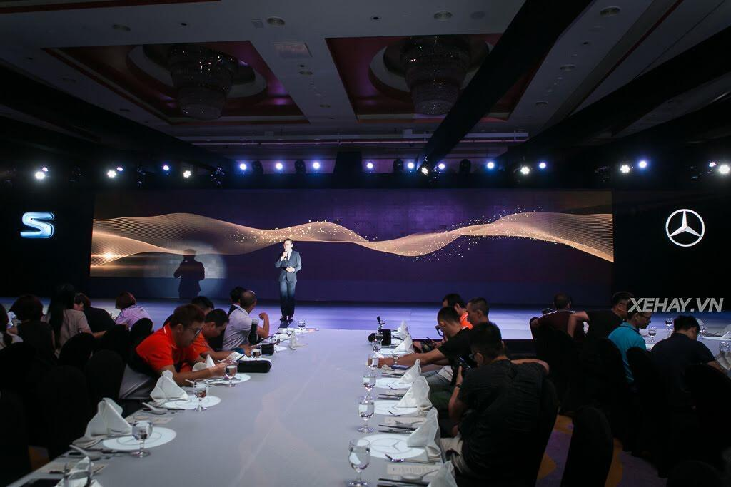 Mercedes-Benz Việt Nam chính thức trình làng S-Class 2018, giá từ 4,2 tỷ đồng - Hình 1