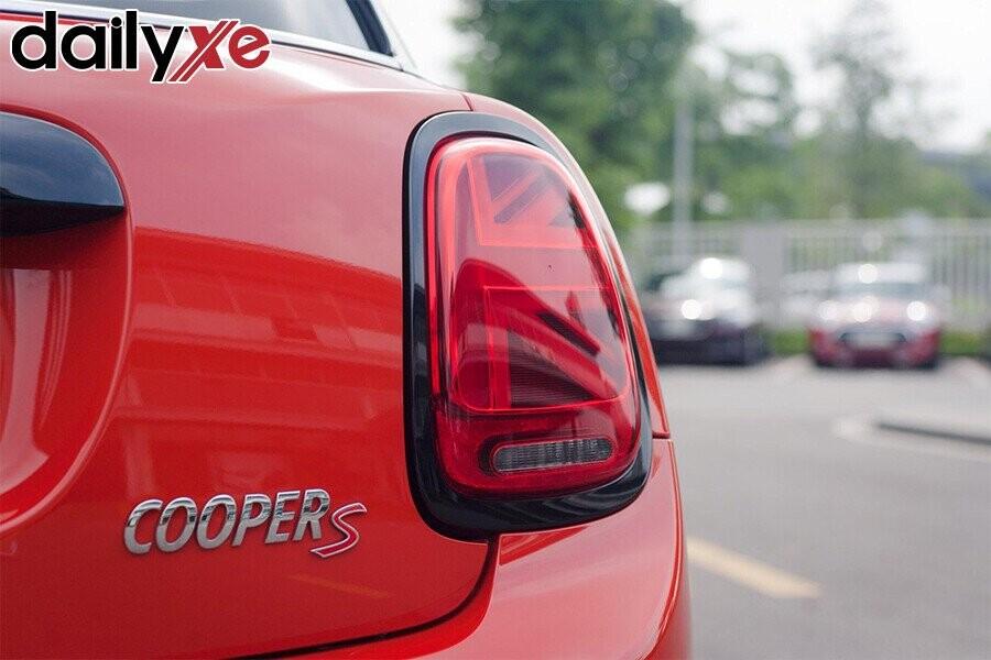 mini-cooper-5-cua-7.jpg