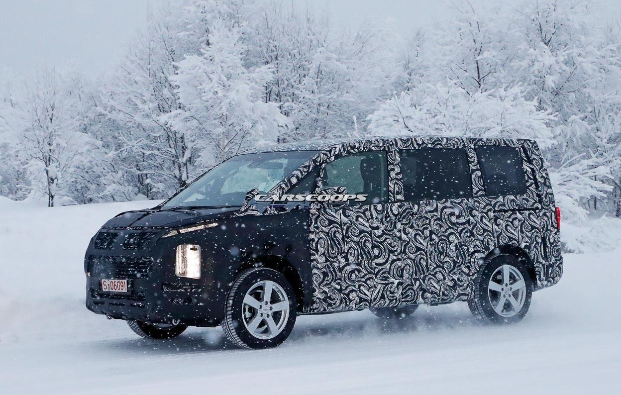 Minivan Mitsubishi thử nghiệm thực tế, chuẩn bị ra mắt vào cuối năm - Hình 1