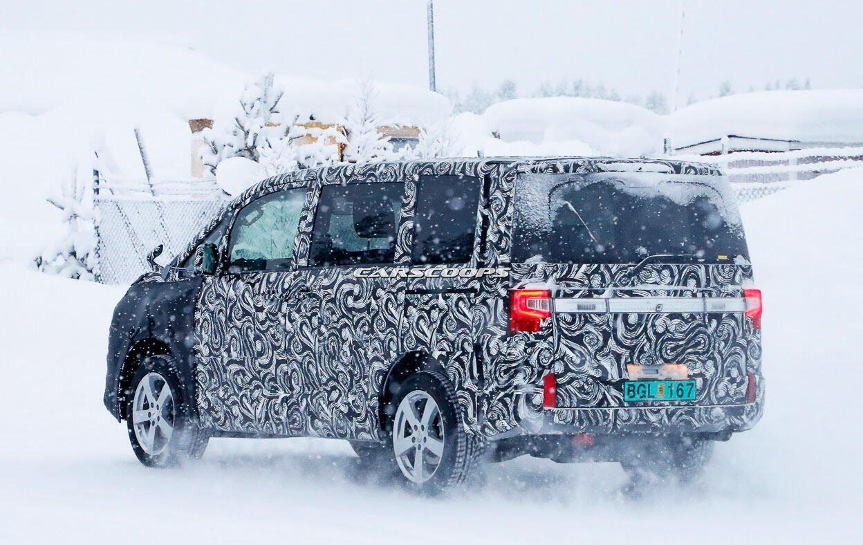 Minivan Mitsubishi thử nghiệm thực tế, chuẩn bị ra mắt vào cuối năm - Hình 2