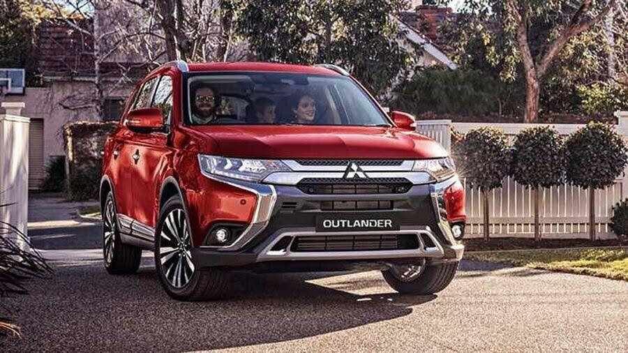 Mitsubishi Outlander 2019 cập nhật hệ truyền động và cơ khí để cải thiện trải nghiệm lái - Hình 1