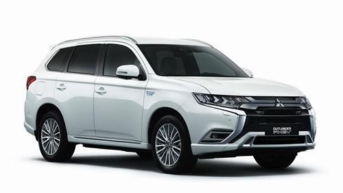 Mitsubishi Outlander PHEV 2019 nâng cấp nhẹ - Hình 2