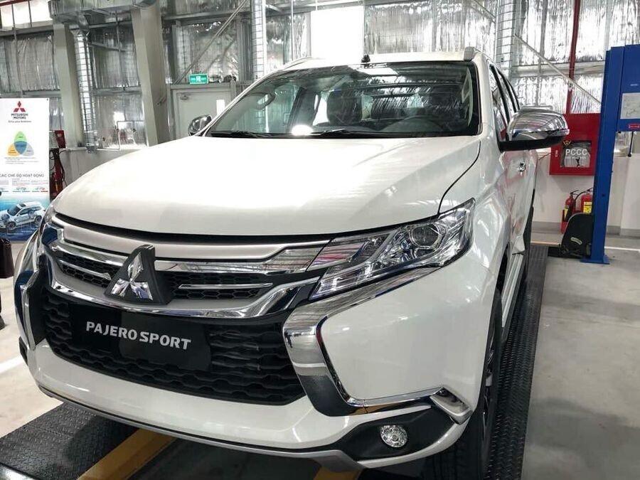 Mitsubishi Pajero Sport tại Việt Nam sẽ có thêm bản máy dầu dùng số sàn rẻ hơn - Hình 1