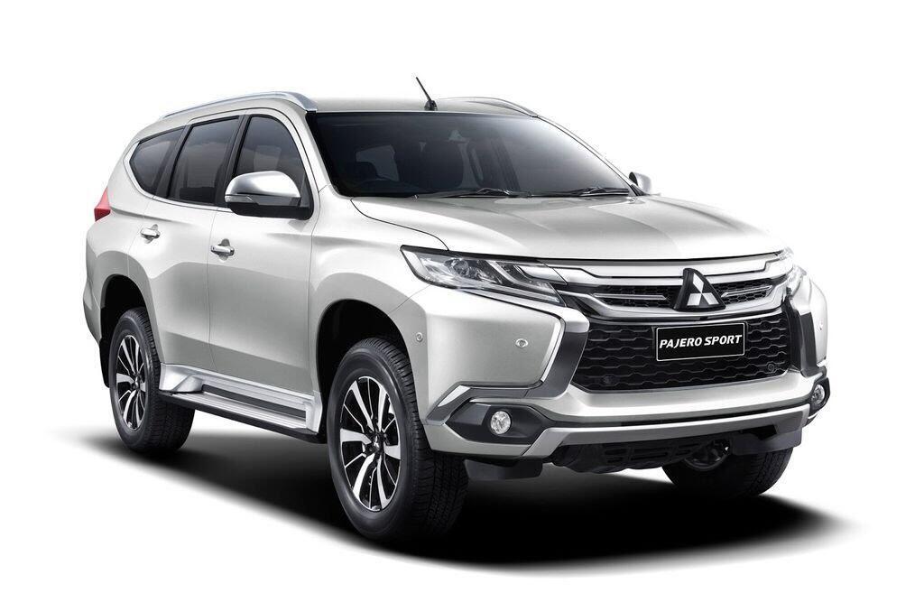 Mitsubishi Việt Nam giảm giá tới 180 triệu đồng cho Pajero Sport 2017 - Hình 1