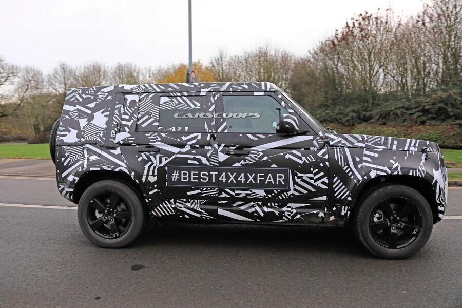 """Mới khai tử năm ngoái, Land Rover Defender đã nhanh chóng được """"hồi sinh"""" - Hình 1"""