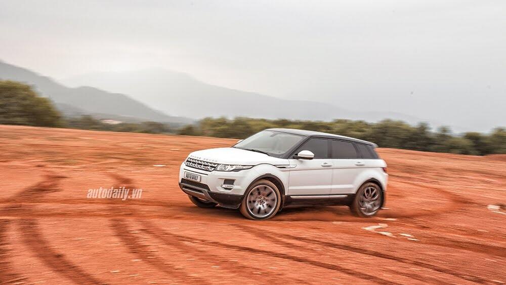 """Một ngày """"thử"""" khả năng địa hình của Range Rover Evoque - Hình 11"""