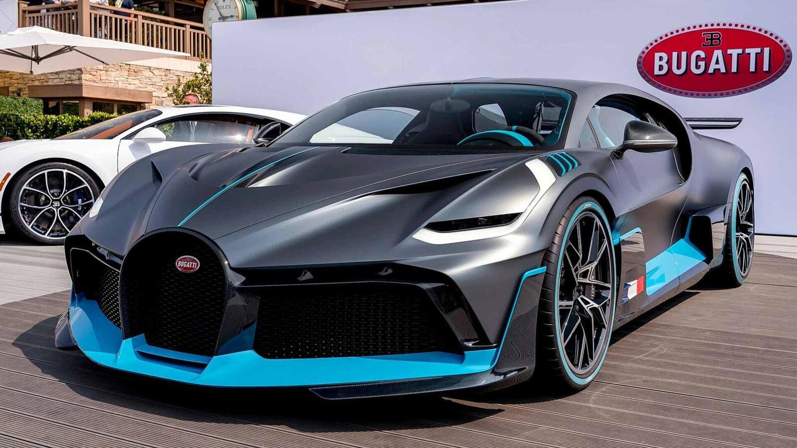 Một trong 40 chiếc Bugatti Divo đang được bán với giá 7,5 triệu USD (hơn 173 tỷ đồng) - Hình 1