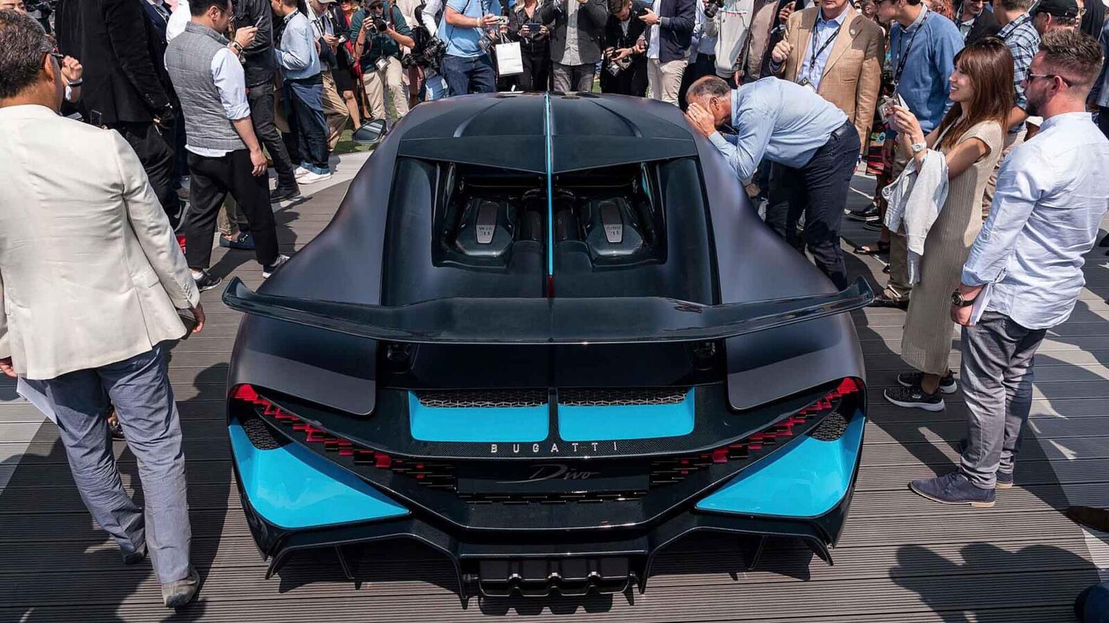 Một trong 40 chiếc Bugatti Divo đang được bán với giá 7,5 triệu USD (hơn 173 tỷ đồng) - Hình 13