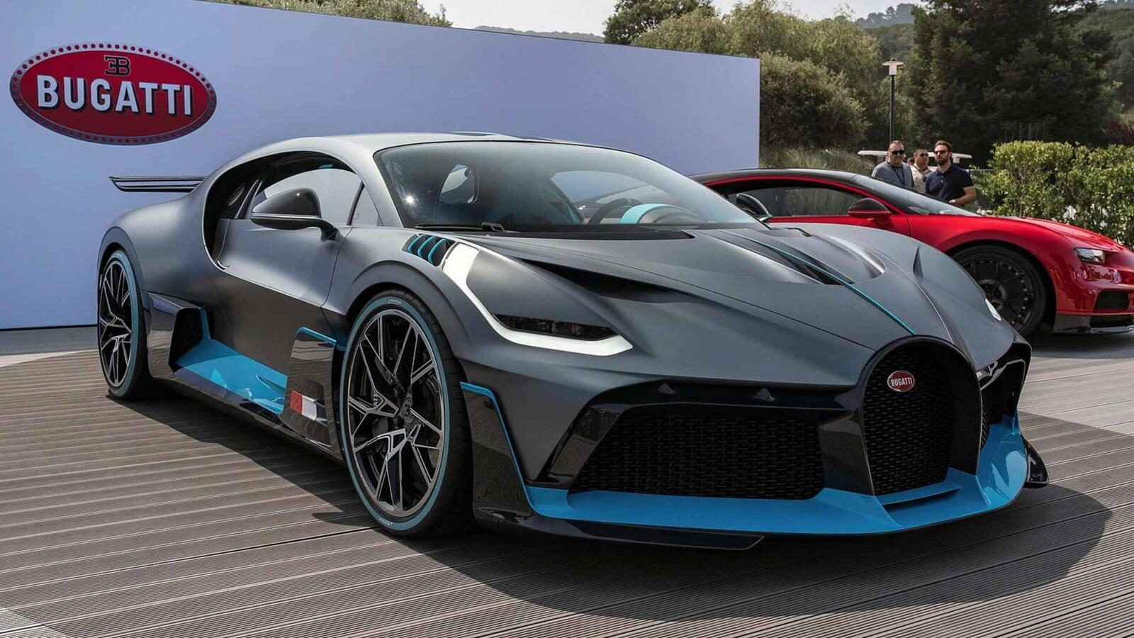 Một trong 40 chiếc Bugatti Divo đang được bán với giá 7,5 triệu USD (hơn 173 tỷ đồng) - Hình 2