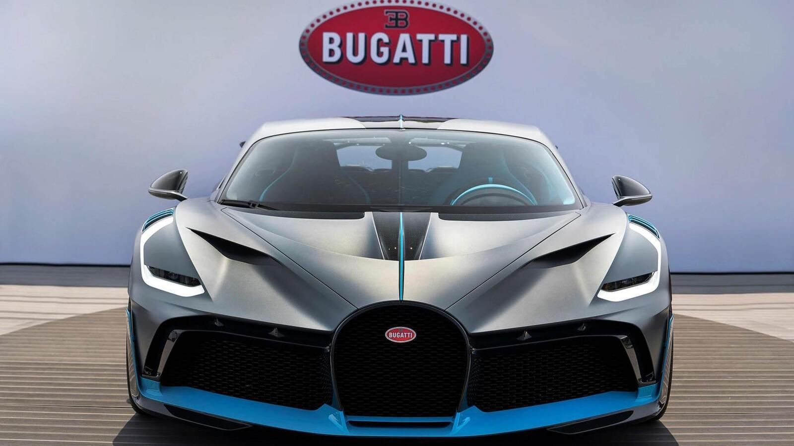 Một trong 40 chiếc Bugatti Divo đang được bán với giá 7,5 triệu USD (hơn 173 tỷ đồng) - Hình 3