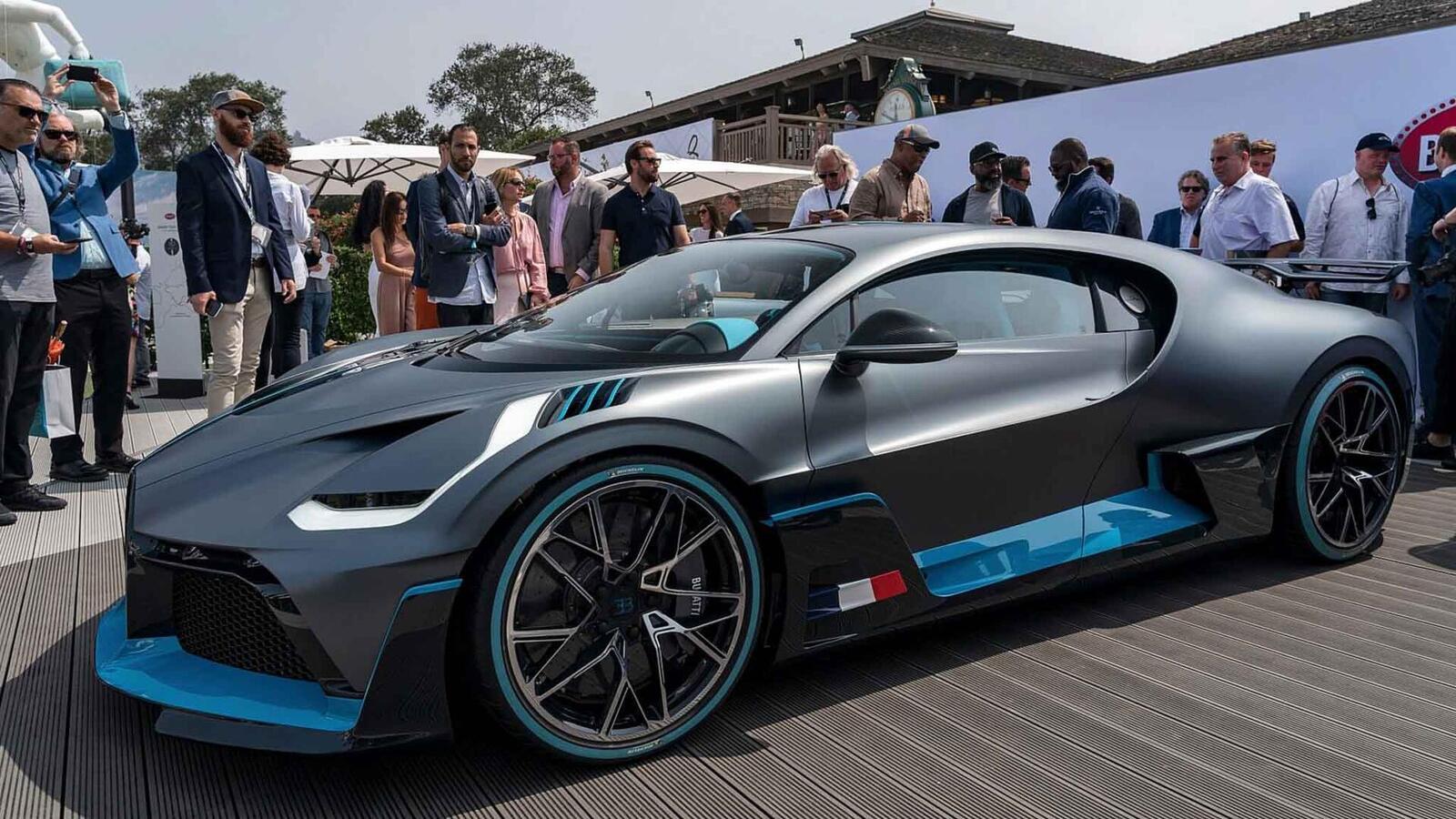 Một trong 40 chiếc Bugatti Divo đang được bán với giá 7,5 triệu USD (hơn 173 tỷ đồng) - Hình 4