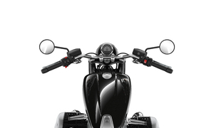 moto-co-dien-bmw-r18-gia-tu-929-trieu-dong
