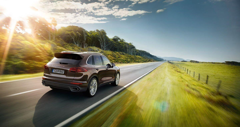 Mua Porsche Cayenne, cơ hội vi vu nước Ý trong vòng 1 tuần - Hình 1