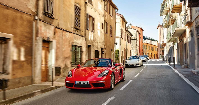 Mua Porsche Cayenne, cơ hội vi vu nước Ý trong vòng 1 tuần - Hình 2
