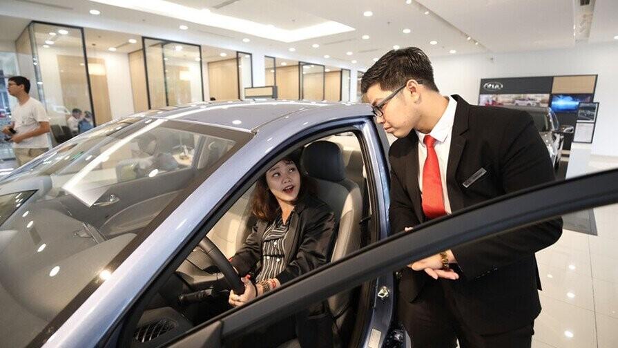 Tư vấn nên mua xe ô tô tháng nào rẻ nhất trong năm ?   DailyXe