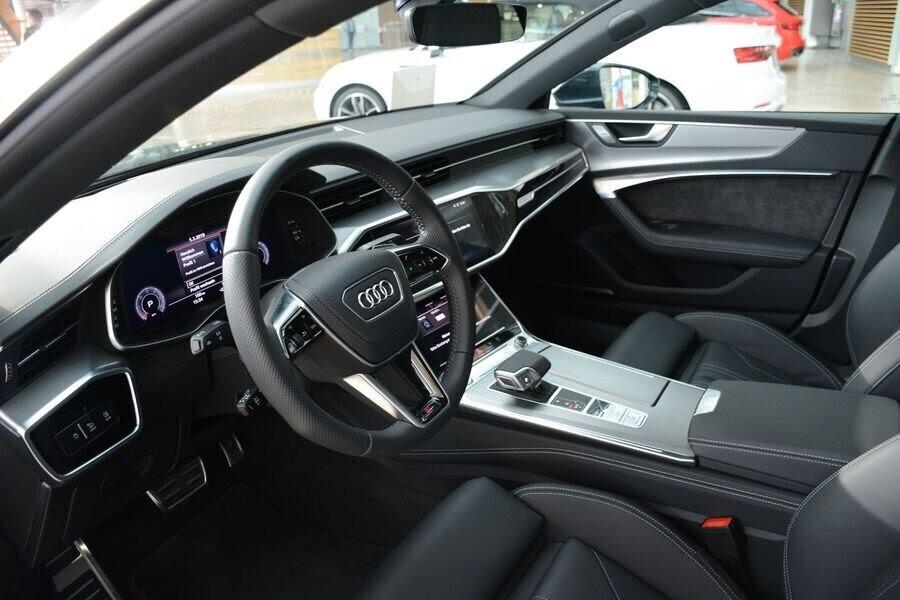 Ngắm Audi A7 Sportback 2019 trong màu sơn Triton Blue Metallic mới của hãng - Hình 2