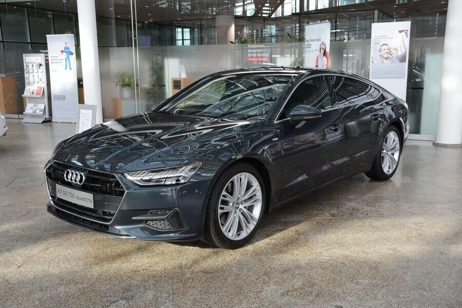 Ngắm Audi A7 Sportback 2019 trong màu sơn Triton Blue Metallic mới của hãng - Hình 3