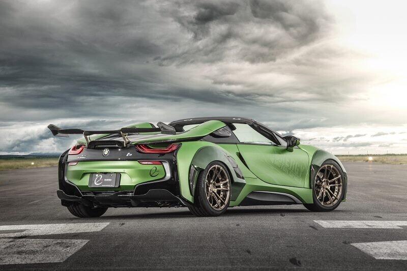 https://cdn.dailyxe.com.vn/image/ngam-bmw-i8-roadster-do-cuc-chat-lay-y-tuong-tu-xe-quan-su-12-65525j2.jpg?1555253044187