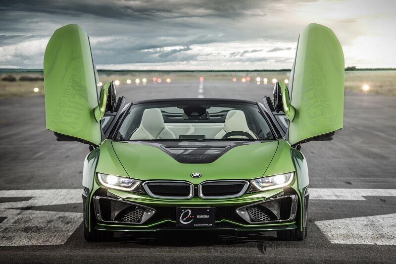 https://cdn.dailyxe.com.vn/image/ngam-bmw-i8-roadster-do-cuc-chat-lay-y-tuong-tu-xe-quan-su-8-65516j2.jpg?1555252941266