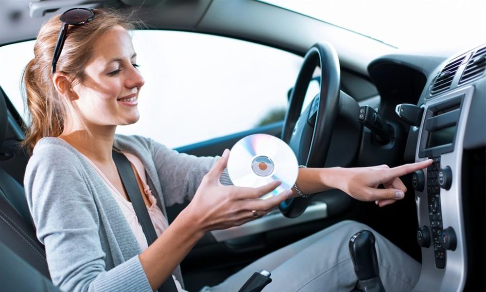 Nghe nhạc cách giúp chống lại buồn ngủ lái xe