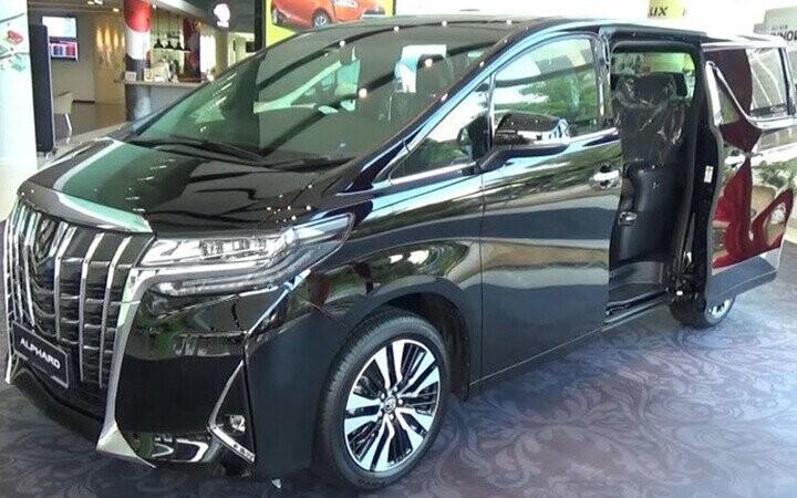 Toyota Alphard 2019 Luxury sở hữu hình dáng toát lên vẽ hầm hố và sang trọng