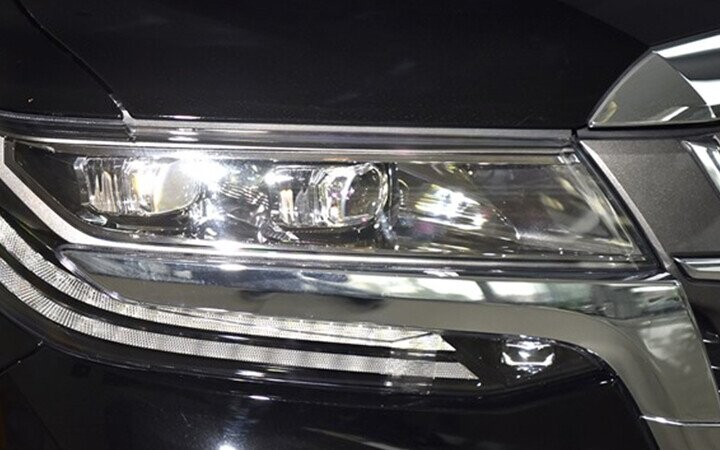 Đèn pha sử dụng công nghệ LED