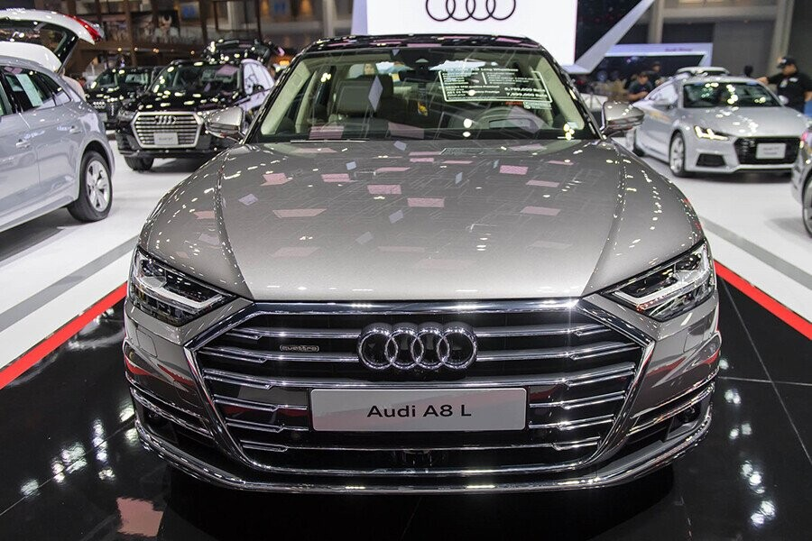Ngoại thất Audi A8 - Hình 1