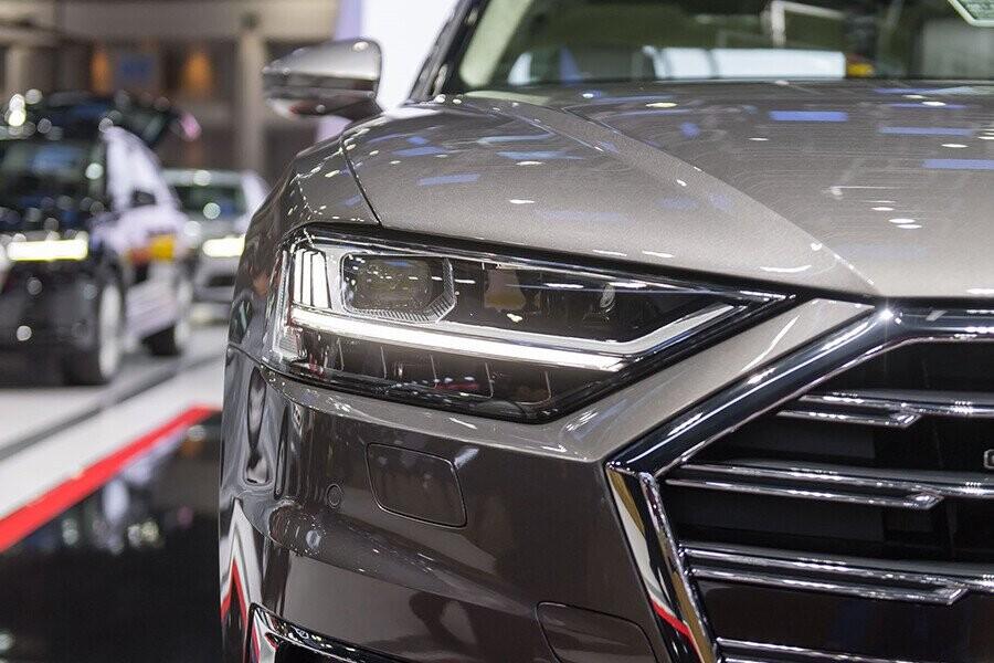 Ngoại thất Audi A8 - Hình 5