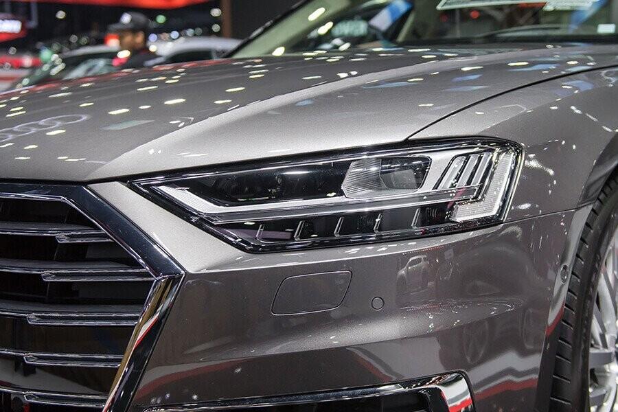 Ngoại thất Audi A8 - Hình 6
