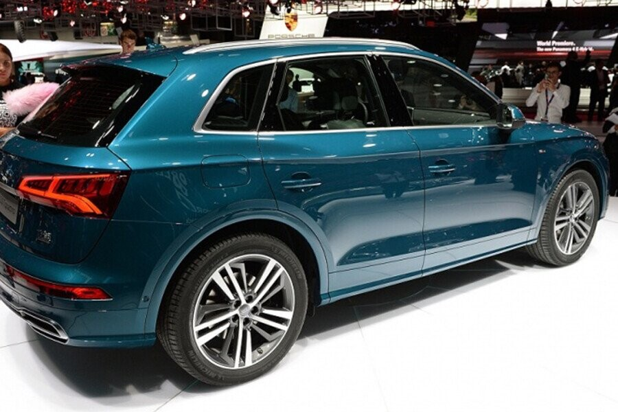 Ngoại Thất Audi Q5 - Hình 4