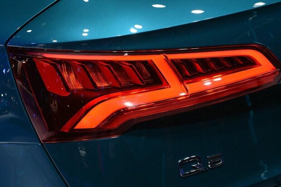 Ngoại Thất Audi Q5 - Hình 7