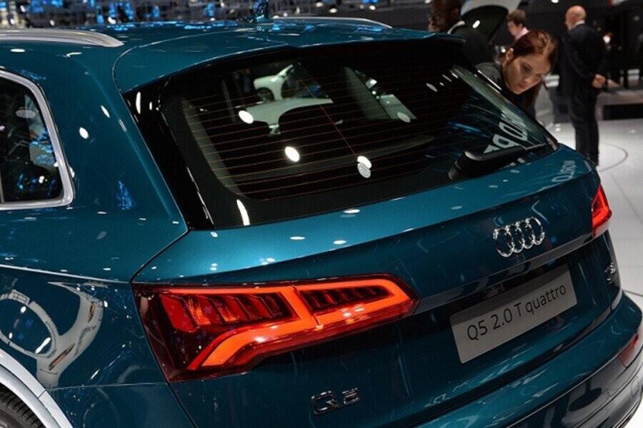 Ngoại Thất Audi Q5 - Hình 6