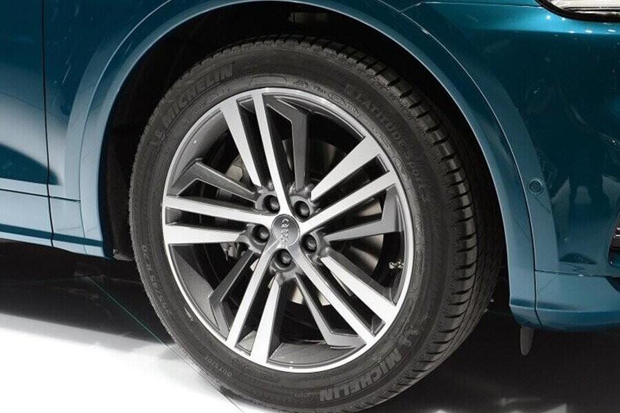 Ngoại Thất Audi Q5 - Hình 8