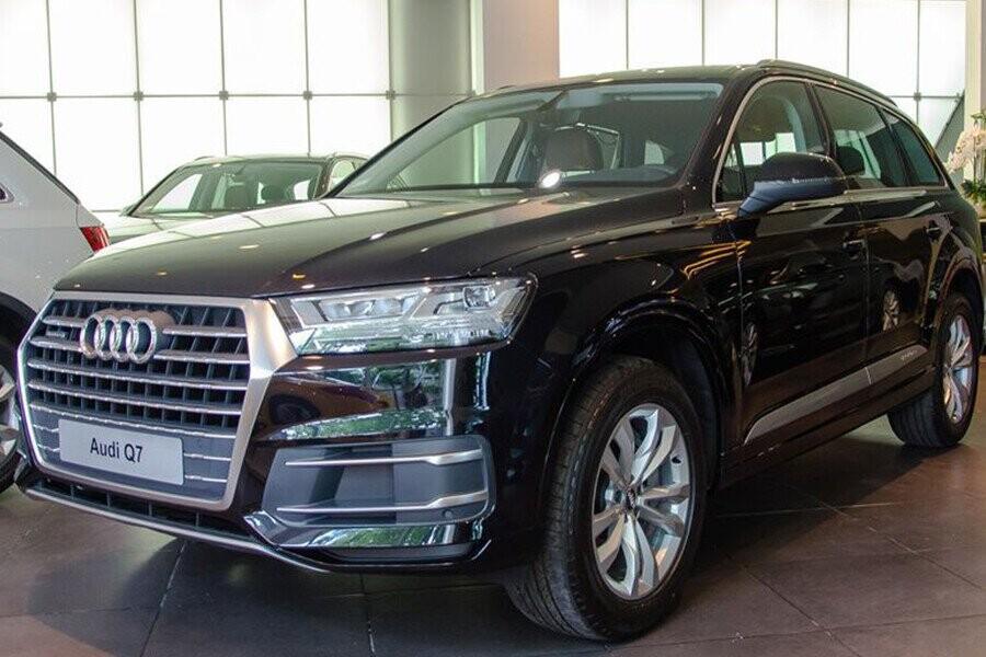 Ngoai Thất Audi Q7 - Hình 1