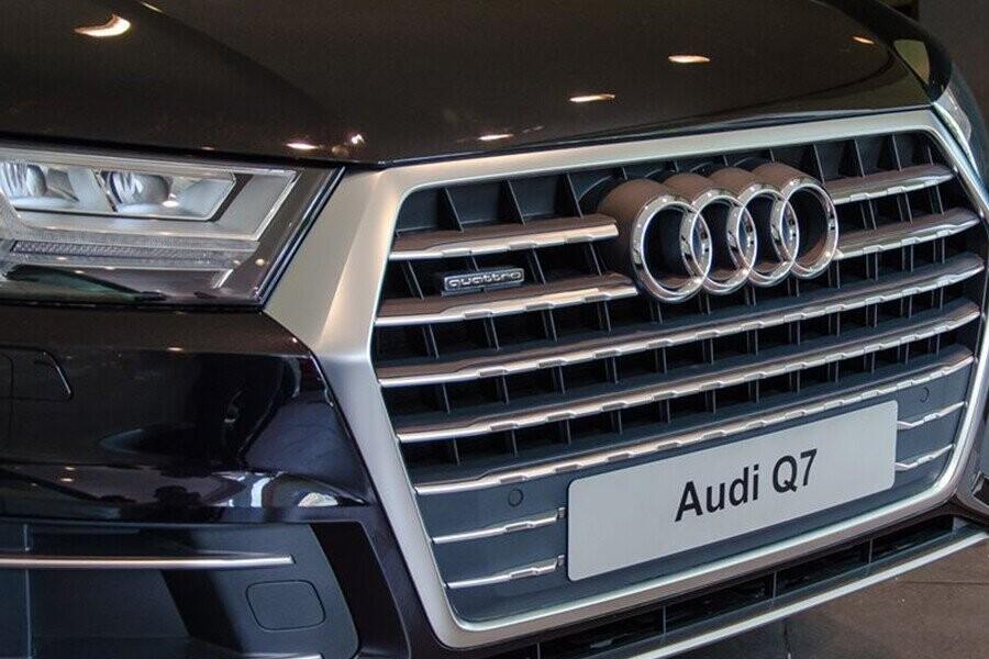 Ngoai Thất Audi Q7 - Hình 2