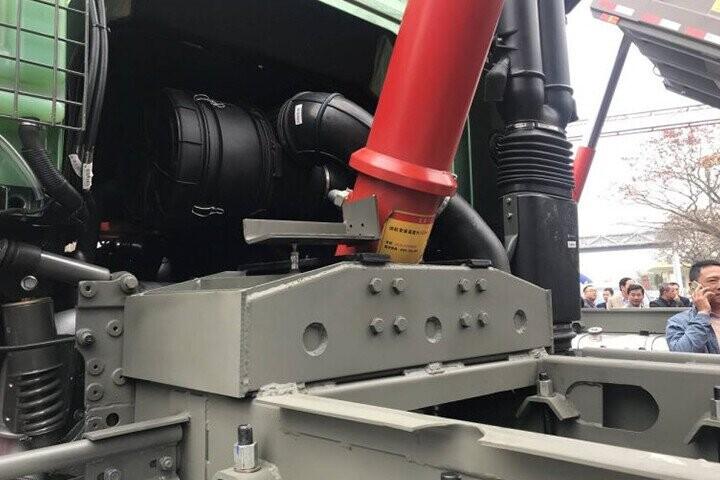 Hệ thống ben thủy lực HYVA - 137