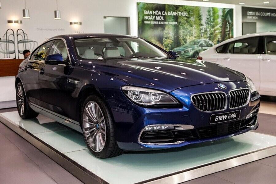 chiếc xe có thiết kế tiên phong, đầy chất thể thao và sang trọng năng động