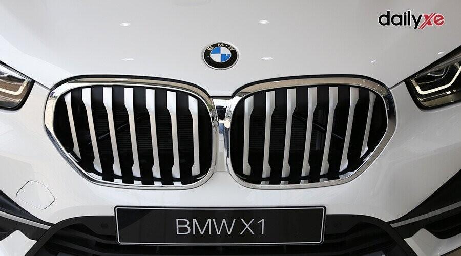 Lưới tản nhiệt hình quả thận đặc trưng của BMW