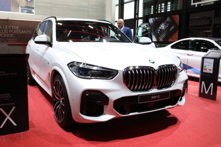 BMW X5 2019 sở hữu lưới tản nhiệt mạ crom cỡ lớn